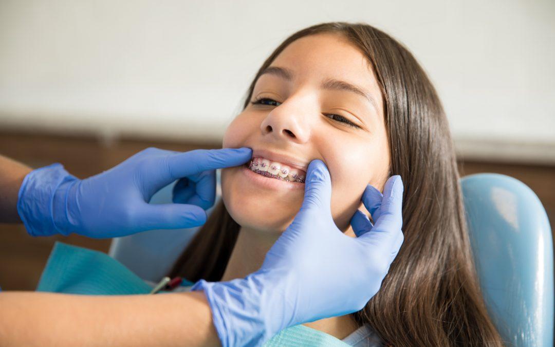 不戴牙套也能矫正牙齿,怎么会有这种神仙技术?