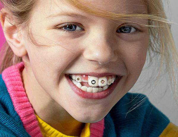一分钟极简万圣节装扮:牙齿上长南瓜,也太可爱了吧!