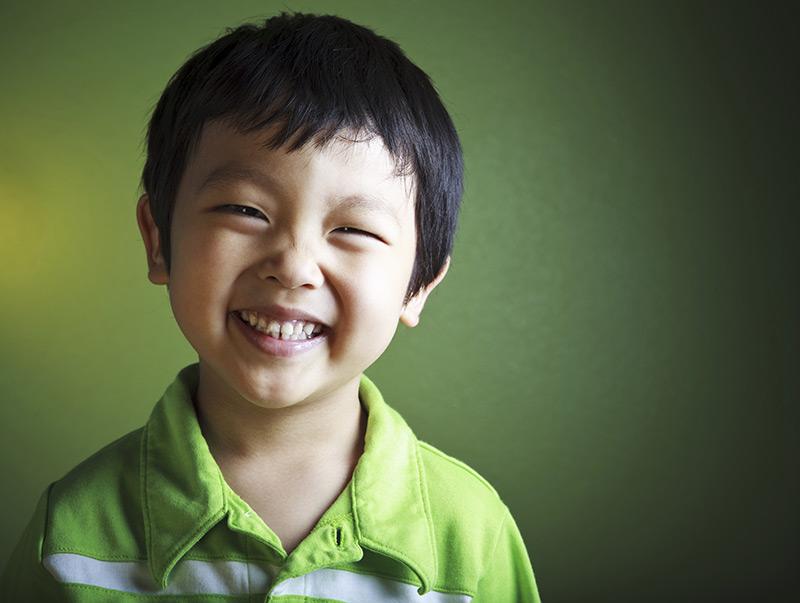"""孩子换牙期能矫正吗?知道这几点避免""""坑娃"""""""